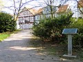 Triftanlagen, Celle, Hochwasserstandsmarke Höhe NN 37,35m NN am 12.02.1945, Blick in die Bahnhofstraße.jpg