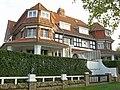 """Twee-onder-één-dakvilla """"Laëtitia"""" en """"Njambo"""", Lispannelaan 4,6, Knokke (Knokke-Heist).JPG"""