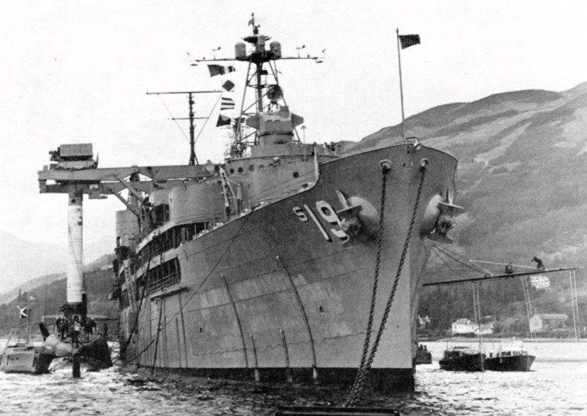 USS Proteus USS Partick Henry HolyLoch 1961.jpeg