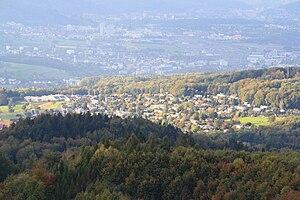 Uitikon - Image: Uitikon Uetlibergturm IMG 1573