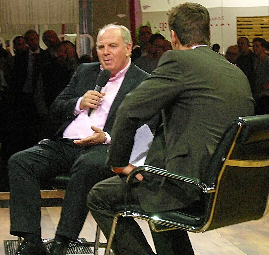 Uli Hoeneß und Klaus Gronewald im Talk.JPG