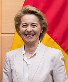 Ursula von der Leyen at NATO in Belgium - 2017 (38215863566) (cropped).jpg