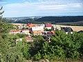 Výhled z Hudlické skály k jihovýchodu.jpg