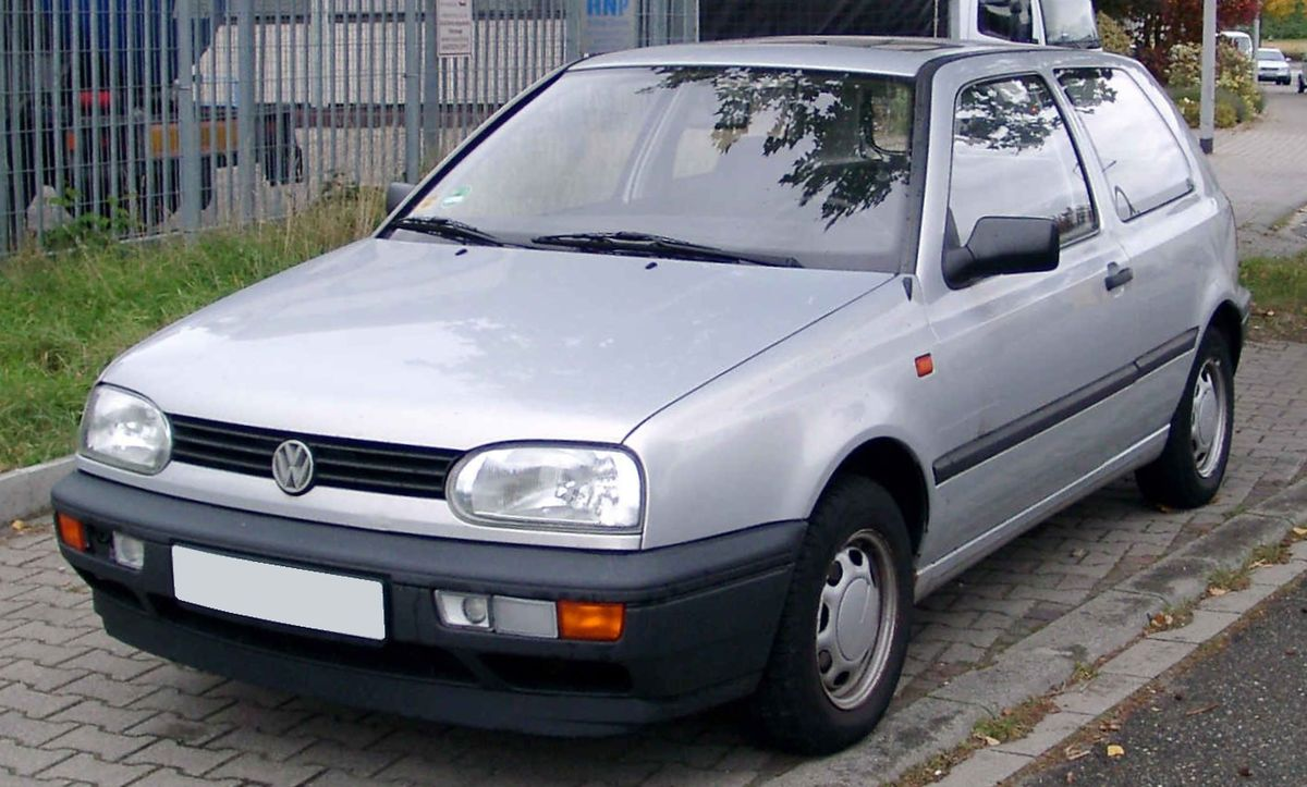 Vw golf iii wikipedia for Interieur golf 3 vr6