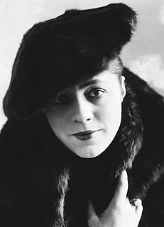 Valeska Suratt American stage and silent film actress