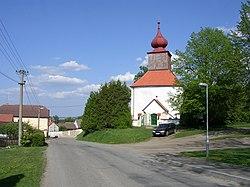 Veliš, kostel svatého Josefa.jpg