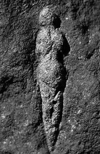 Abri Pataud - Venus of Abri Pataud, carved 21,000 years ago.