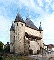Villeneuve-sur-Yonne-FR-89-porte de Sens-coté mairie-a3.jpg