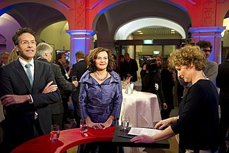 Edith Schippers - Schippers next to Finance Minister Jeroen Dijsselbloem during a TV commercial break, 2012