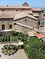 Volterra, museo guarnacci, veduta sul giardino e sant'agostino 02.JPG