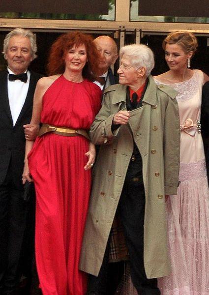 File:Vous n'avez encore rien vu 2 Cannes 2012.jpg