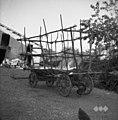 Voz z barako (žojo) za prevoz listja. Fojana 1953.jpg