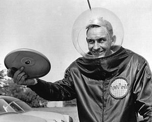 Walter Frederick Morrison - Walter Fredrick Morrison promoting his Pluto Platters, the forerunner of the Frisbee, in the 1950s.