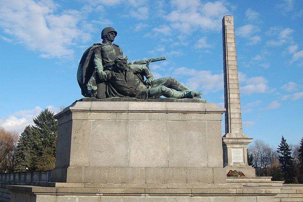 Warszawa-mauzoleum monument