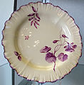 Wedgewood, 1770 ca., piatto con decoro floreale 02.JPG