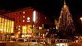 Weihnachten am ZOB Weihnachten vor der Holm Passage. Der Wassermühle bzw. dem ETAP Hotel - panoramio.jpg