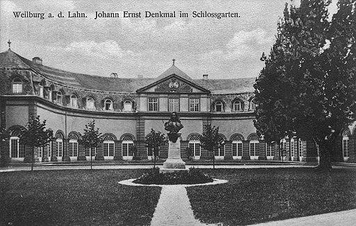 Weilburg (Lahn) Denkmal Herzog Johann Ernst von Nassau (1)