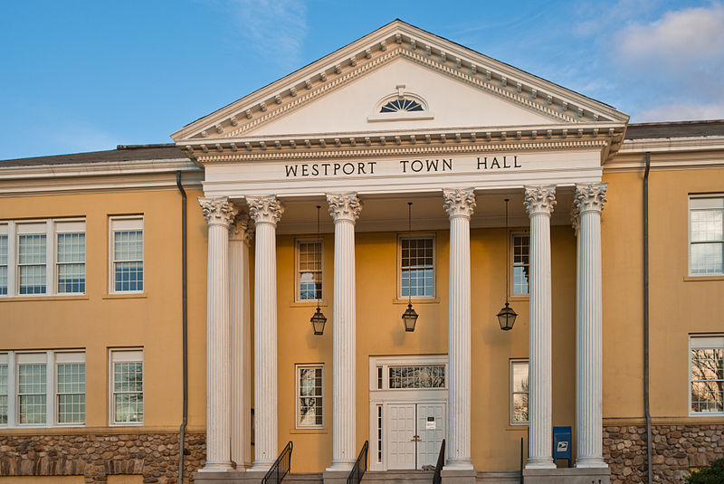 فائل:Westport Town Hall, Myrtle Avenue.jpg