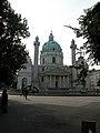 Wien Karlskirche 01.jpg