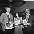 Winnaars Gouden Griffel en Gouden Penseel bekend gemaakt persconferentie i.v.m. , Bestanddeelnr 926-7172.jpg