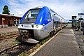 Wissembourger Bahnhof- auf Bahnsteig zu Gleis B (Hausbahnsteig)- Richtung Neustadt (Weinstraße) (SNCF X 76621) 15.7.2012.jpg