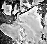 Wolverine Glacier, mountain glacier with firn line and bergschrund, September 27, 1995 (GLACIERS 6957).jpg