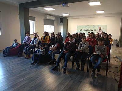 Workshop for Nor Hachn N1 school at Wikimedia Armenia.jpg