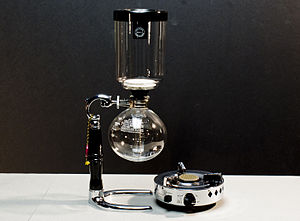 Vacuum coffee maker - A vacuum coffee pot.