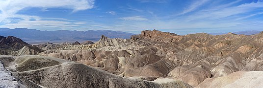 Zabriskies Point panoramique2016.jpg
