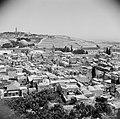 Zicht over de stad Jeruzalem met links de Al Aqsa moskee, Bestanddeelnr 255-5194.jpg
