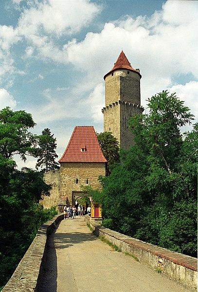 407px Zvikov %28js%29 Путешествие по южной Чехии