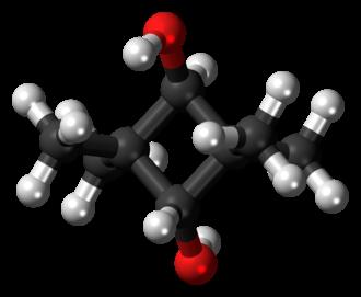2,2,4,4-Tetramethyl-1,3-cyclobutanediol - Image: (E) CBDO 3D balls