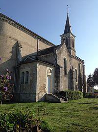 Église de Rezay (Cher).jpg