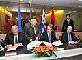 Υπογραφή Μνημονίου Κατανόησης Ελλάδας-Ιταλίας-Αλβανίας σχετικά με τον αγωγό Trans Adriatic Pipeline (8032208037).jpg