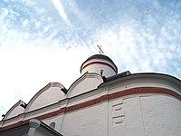 Восточная сторона Собора Николая Чудотворца, Николо-Пешношский монастырь.jpg