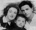 Михаил Танич с родителями, конец 1920-х.jpg