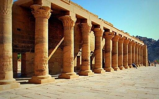 معبد وجزيرة فيلة