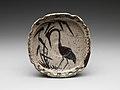 葦鷺文四方皿 美濃焼・志野様式-Bowl with Heron in Reeds MET DP280924.jpg