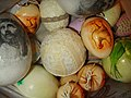 007 Korb mit Ostereiern, Sanok 2013.JPG