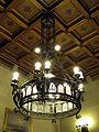 026 Ajuntament de Terrassa, llum del sostre de la sala de l'alcaldia.JPG