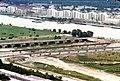 042L13060778 Blick vom Donauturm, Bereich Reichsbrücke.jpg