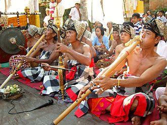 Gambuh - Image: 09 21 07 GAMBUH Budakeling ( 2007 — PI Cs ) — 11 gambelan