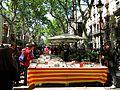 109 La Rambla de Barcelona, Sant Jordi 2016.jpg