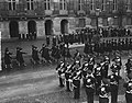 10 jaar Marvo defilé te Amsterdam voor koningin Juliana, Bestanddeelnr 906-8005.jpg