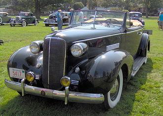 Cadillac Series 70 - 1937 Cadillac Series 70 2-door convertible