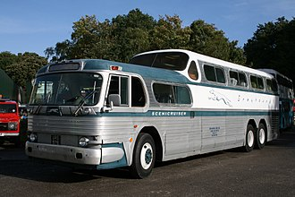 1954 GM Scenicruiser, designed by Raymond Loewy and manufactured exclusively for Greyhound 1954 GM Scenicruiser (10383602123).jpg