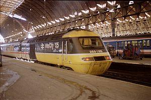 InterCity 125 - InterCity 125 in London Paddington in 1988.
