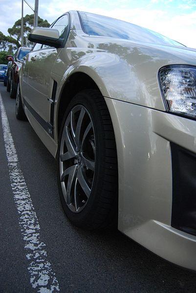 File2007 Hsv Clubsport E Series My085 R8 20th Anniversary Sedan