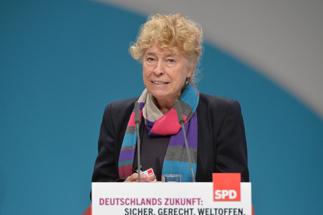 2015-12 Gesine Schwan SPD Bundesparteitag by Olaf Kosinsky-19.jpg