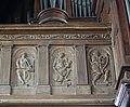 20180815 Honfleur Église Sainte-Catherine reliefs musiciens.jpg